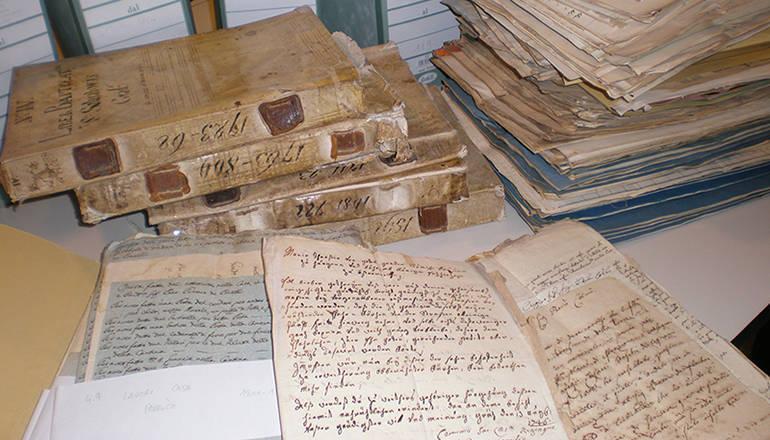 Gradisca riscopre il suo archivio parrocchiale cultura for 1 1 2 piani di cottage storia